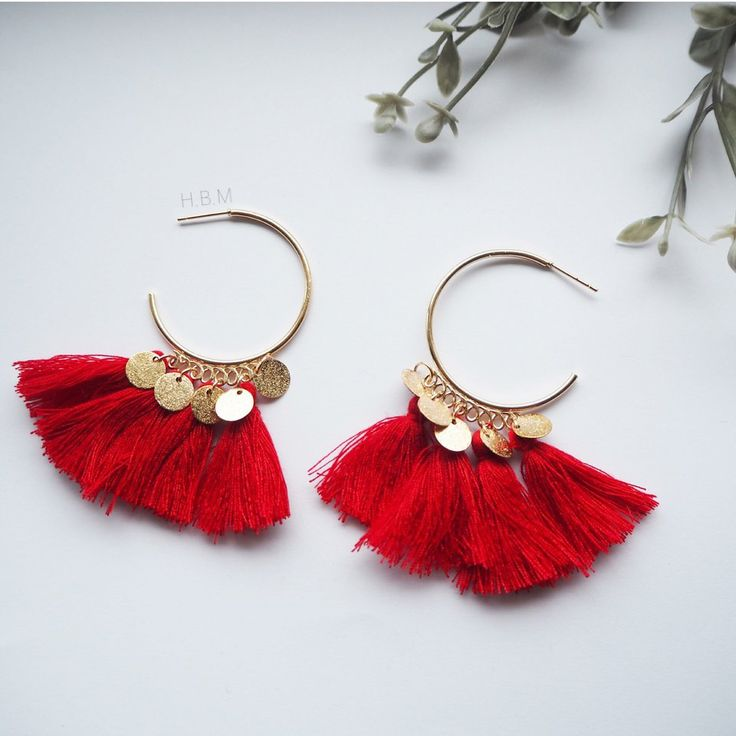 New red fringe tassel earrings | statement earrings | dangle drop earrings have a gold disc decorative detail | any questions please ask | part of the 3 for £12 choker necklace Offer | no swaps and set price sorry | postage 99p first class | earrings have a stud back to them