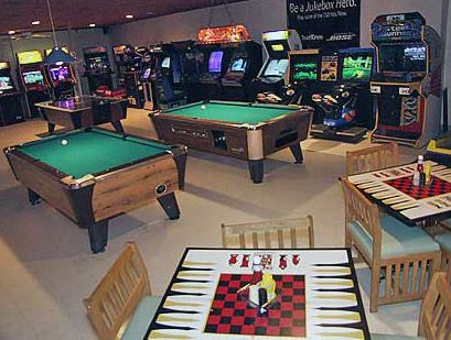 Xbl game room classic gaming forum neoseeker forums Cool gaming room designs
