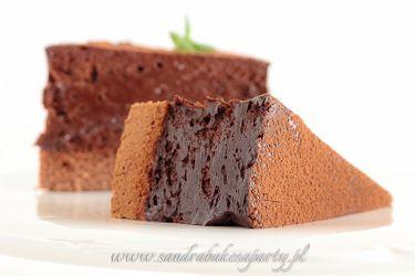Sandra bakes a party! :: Wspaniały mus czekoladowy na biszkopcie genueńskim