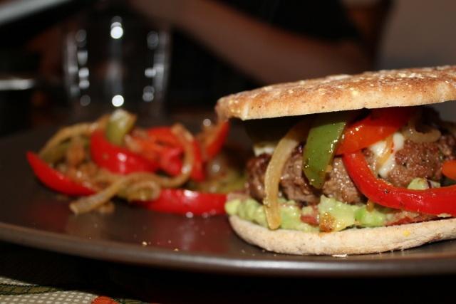 fajita burgers. | cookbookmeals.com | Pinterest