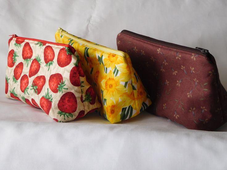 "Small cosmetic/toiletry bags.  Just the thing to keep everything together and not all over the place at the bottom of your bag.  Great for overnight stays. 19cm x 13cm x 8cm (approx) 7.5"" x 5"" x 3"" (approx)"