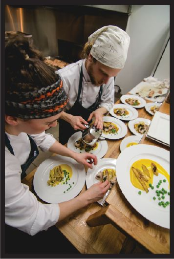Parksville - Realm Food Co is all about unique gastronomic experiences and Real, Local, Flavour! Organic, locally sourced fine foods in the Parksville, Qualicum area