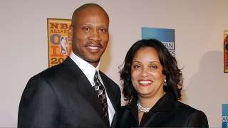 Byron Scott's Wife Demands Maintenance to Continue Lavish Lifestyle