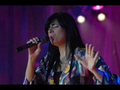 Fernanda Brum - Enquanto eu chorava