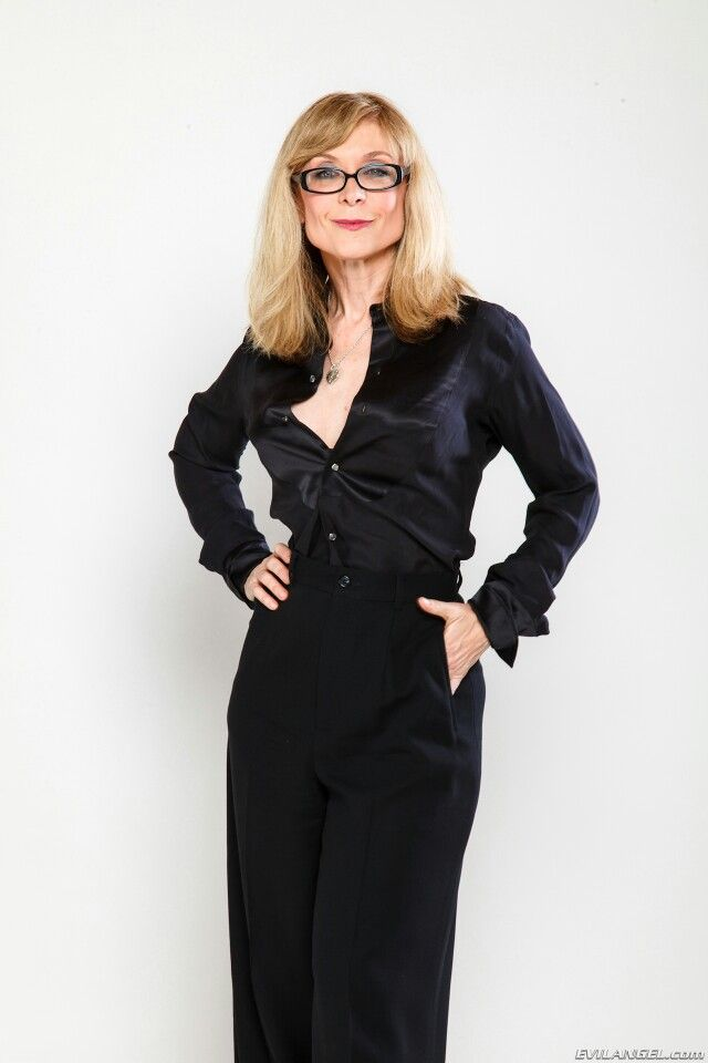 hartley women Nina hartley (born marie louise hartman hartley saw the autobiography of a flea (the first adult film directed by a woman, sharon mcnight) alone.