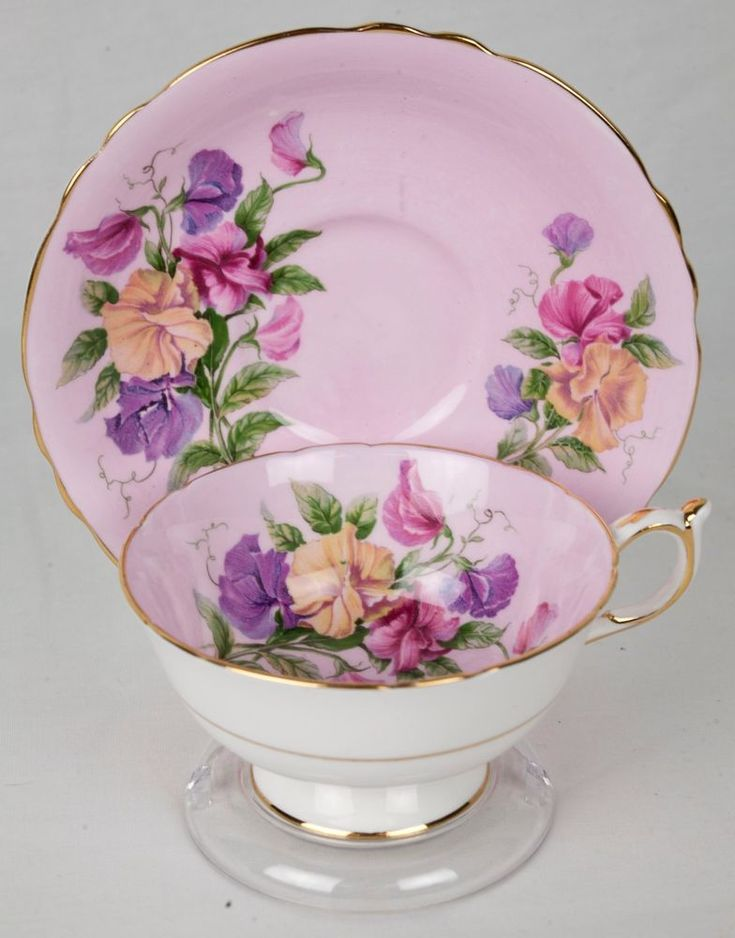 Vintage Paragon Sweet Pea Flower on Pink Tea Cup and Saucer - England  #Paragon