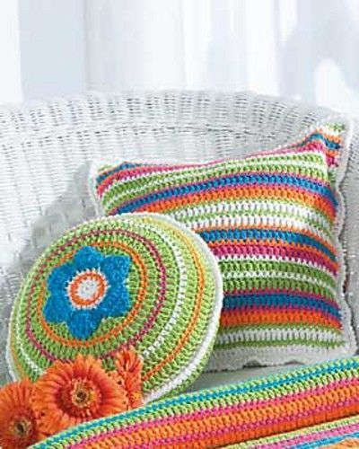 Free Crochet Patterns Flower Pillows : Pinterest