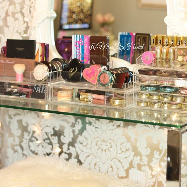 makeup collection vanity organization