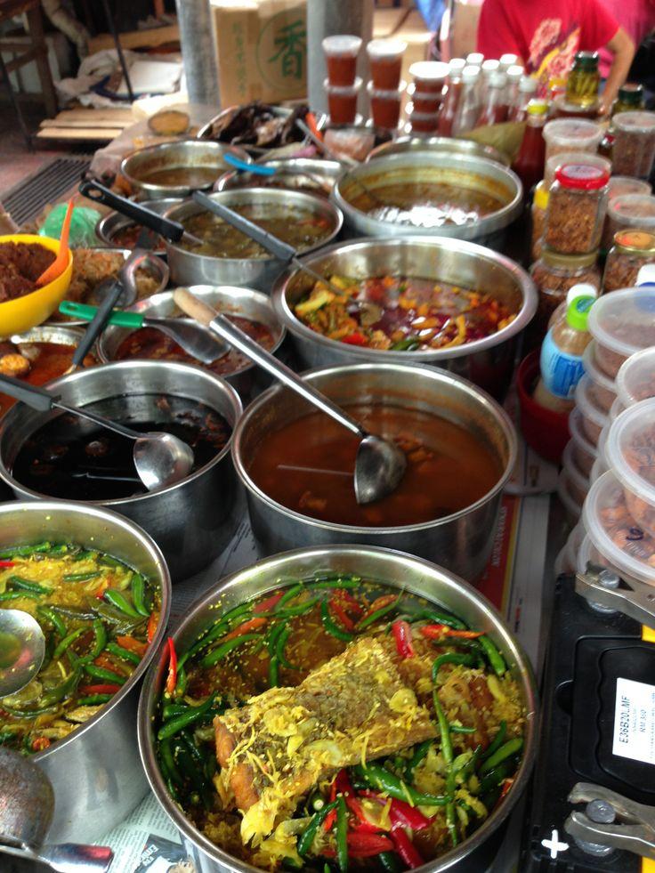 Nyonya hawker stall - achar, purut ikan, nasi ulam, achat fish