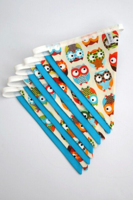 Blue Owl Bunting - £15.00