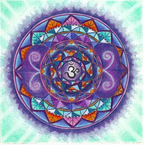 AJNA CHAKRA. El tercer ojo mandala - Ajna es simbolizado por un loto con dos pétalos, y corresponde a los colores violetas, color añil o profundo azul. Los problemas clave de Ajna implican el equilibrio de las personalidades más alto e inferiores y el hecho de confiar la dirección interior. El aspecto interior de Ajna se relaciona con el acceso de intuición. Mentalmente, Ajna trata con el conocimiento visual. Emocionalmente, Ajna trata con la claridad sobre un nivel intuitivo.