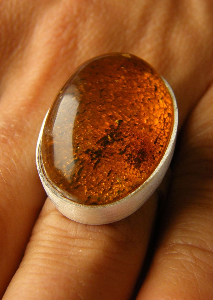 Amber Ring  white ORANGE, genuine amber, matte Sterling Silver 925 rail, oval, modern, young design, for she, giftbox, bernsteinring, UNIQUE von JewellerWithSoul auf Etsy