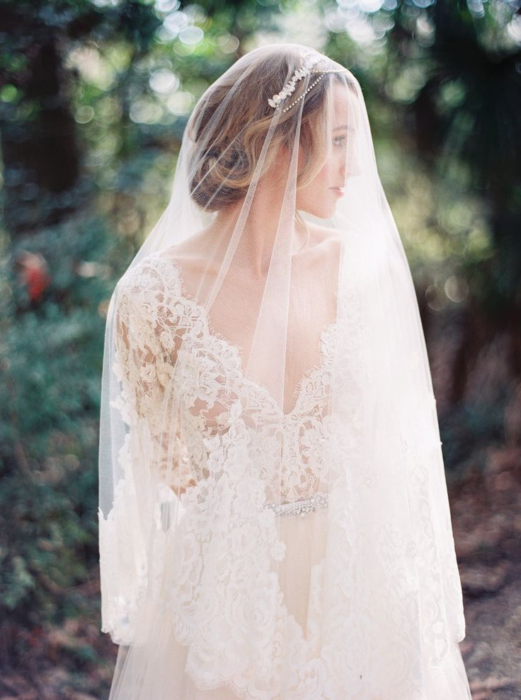 Lace #wedding dress and veil by Emily Riggs, image by ...