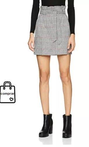 Minifalda estampada #faldas #moda #mujer #outfits  #minifaldas #faldasinvierno #style #shopping #fashion #modafemenina  #leather #minifaldaestampada #print