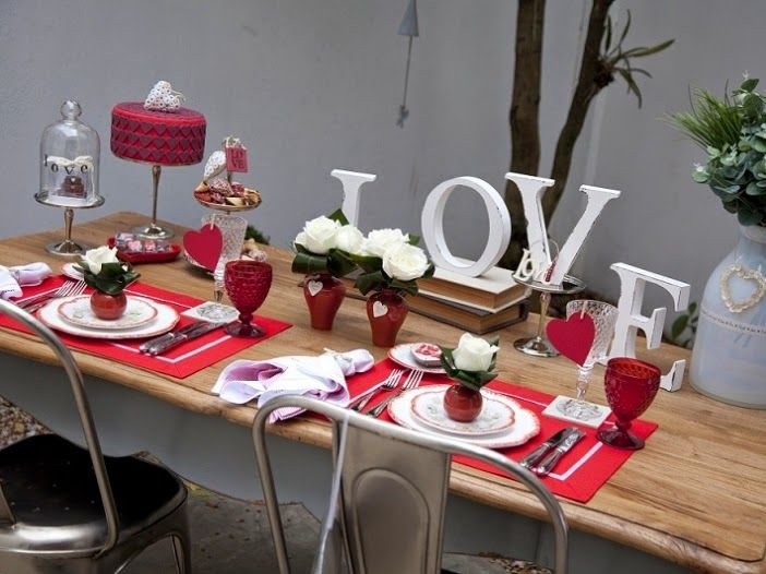 http://estiloemdobro.blogspot.com.br/2014/06/decoracao-jantar-romantico.html