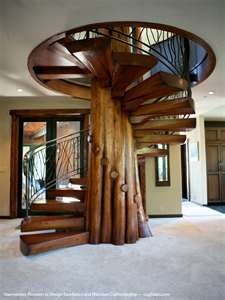 awesome staircase.  How sick would this be in a cabin?