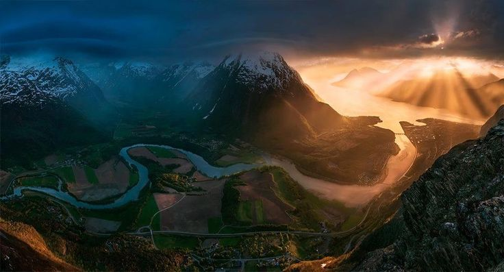 Åndalsnes, Norway. The Stunning Photography Of Max Rive Will Leave You Absolutely Mystified • BoredBug