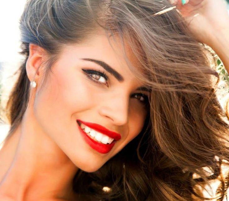 5 tips για πιο λευκά δόντια!
