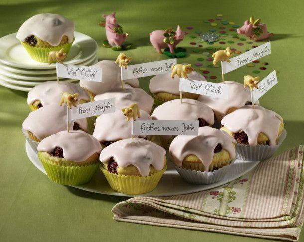 Unser beliebtes Rezept für Silvester-Muffins und mehr als 55.000 weitere kostenlose Rezepte auf LECKER.de.