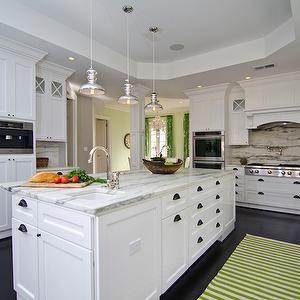 Kitchen Cabinets Shaker White Style