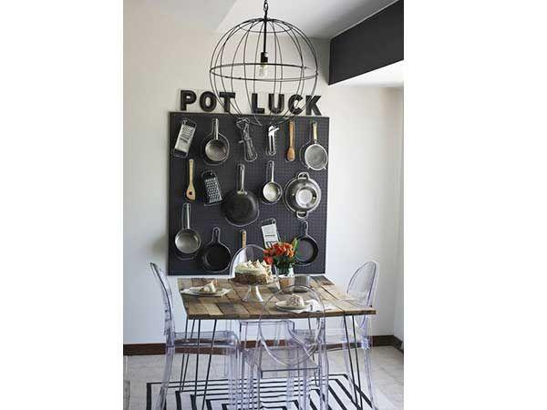 un rangement cuisine d co m me sans placards cuisines. Black Bedroom Furniture Sets. Home Design Ideas