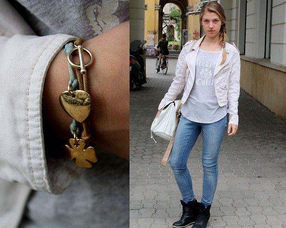 New Yorker Jacket, Lilou Bracelets, Gap Top