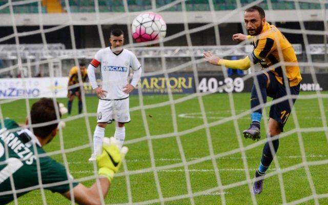 Verona spera ancora nella salvezza: sfida fondamentale contro l'Udinese. Il nostro pronostico. Disastrosa questa parte di stagione per i friulani che non vincono da ben otto turni in cui hanno conquistato solo 3 pareggi. Lascia molto a desiderare il rendimento casalingo della squadra di Colant #pronostico #udinese #verona