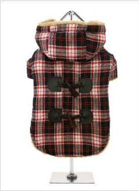 A beautiful tartan Duffle coat that any Teddy Bear would be proud of, it features a toggle fastening with a contrast black check yoke to the back. It is fleece lined to keep your pup cosy and snug, not to mention on trend and a serious style icon. Four poppers on the underbelly allow for fast and easy closure and makes it easy for you to take the coat on and off your pup.