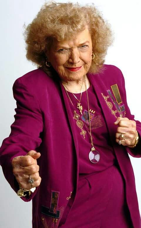 Mae Young salary
