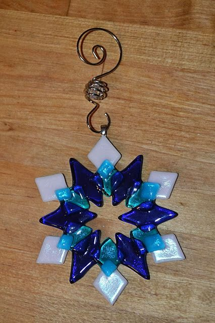 The Outlaw Gardener: Fused Glass Snowflakes (Again)