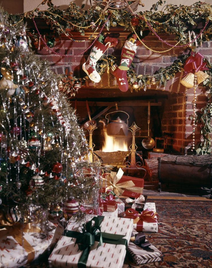 10 old fashioned christmas traditions we love christmas
