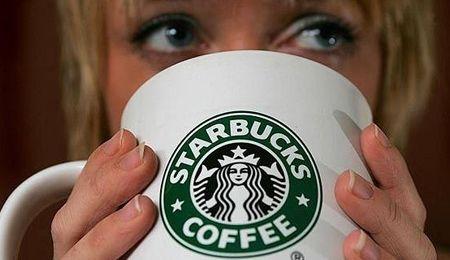 Las tazas de Starbucks, otra parte del éxito de una lovemark admirada
