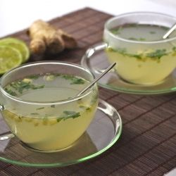 Lemon-ginger-mint infusion, the perfect drink to clean your body and mind... and yet delicious