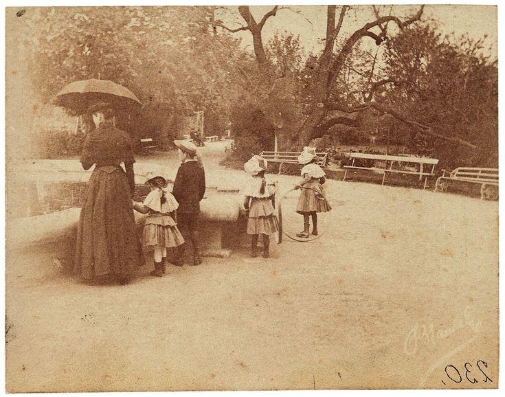 Spacer w Ogrodzie Saskim, ok. 1888