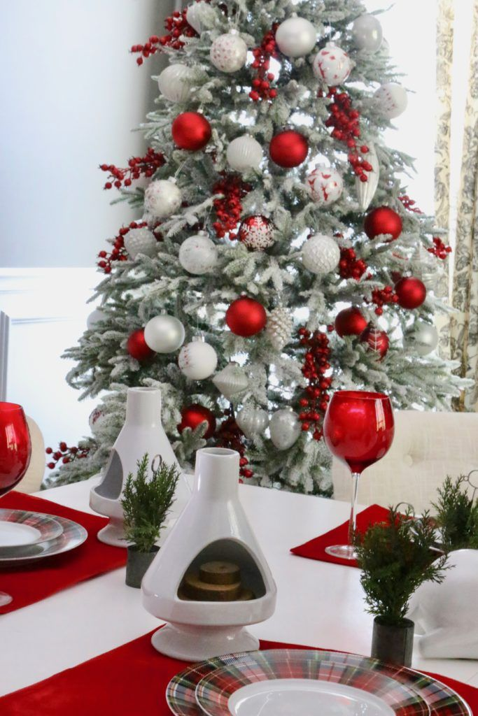 25 Best Christmas Tree Decorating Ideas To Try Out In 2020 Frosted Christmas Tree Christmas Tree Inspiration Christmas Tree Themes