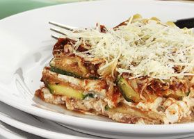 Zucchini Lasagna Skillet - This is a great low-carb version of traditional lasagna. You can also serve this dish over whole grain pasta.  #recipe #lowcarb