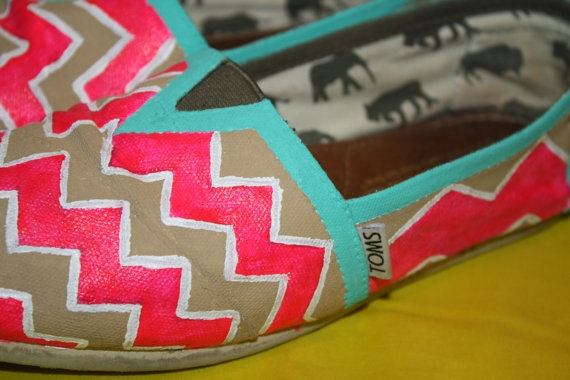chevron toms...yes please!!