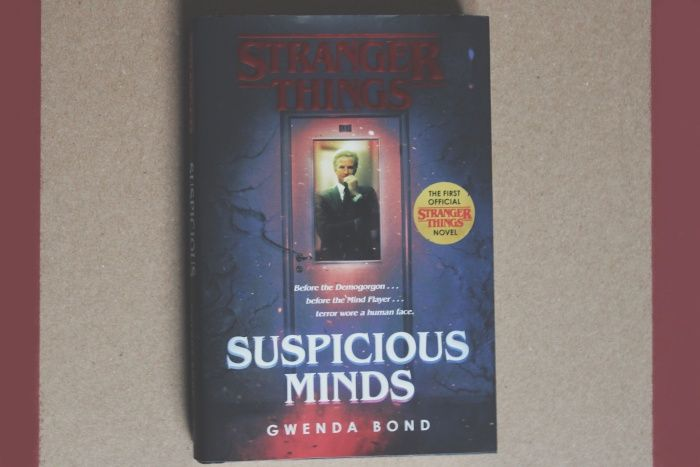 Mentes Peligrosas Gwenda Bond Reseña Pure Leaf Tea Bottle Tea Bottle Suspicious Minds