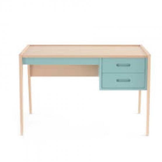 La scrivania Nobodinoz offre uno spazio elegante e discreto dove i bambini 600E