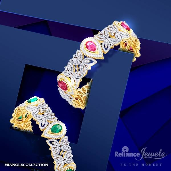 #BANGLECOLLECTION Be the style diva quite naturally. Reliance Jewels Be The Moment. www.reliancejewels.com  #reliance #reliancejewels #indianjewellery #beautiful #bridal #neverendingtrend #bethemoment #beyou