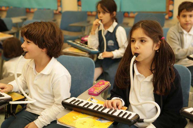 1.sınıftan itibaren başlanan melodika eğitimi
