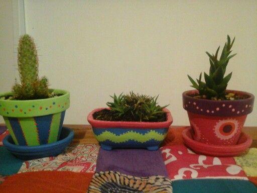 Macetas pintadas a mano - jardin de cactus
