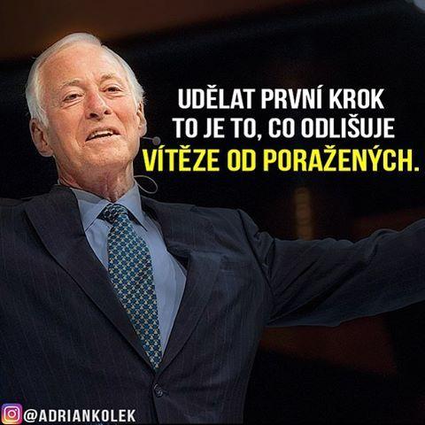 Udělat první krok to je to, co odlišuje vítěze od poražených.  #motivace #uspech #adriankolek #business244 #czech #slovak #czechgirl #czechboy #motivacia #sitovymarketing #business #motivation #success #lifequotes