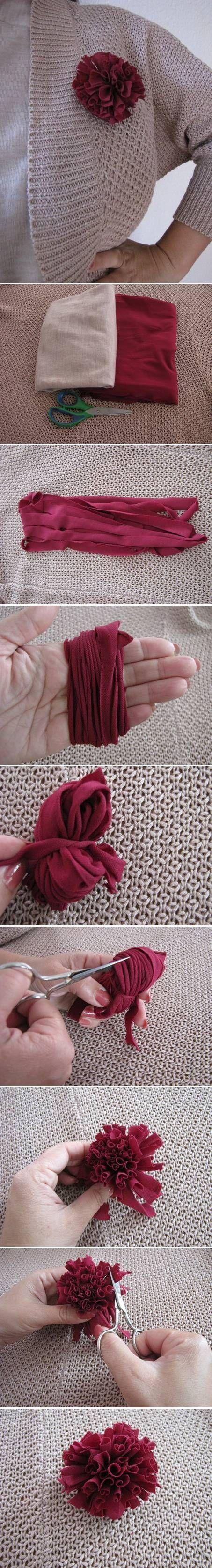 DIY Simple Fabric Brooch DIY Projects / UsefulDIY.com