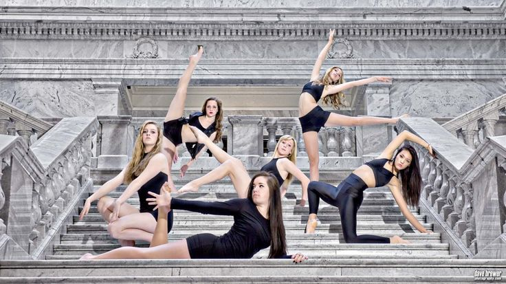 Team / Studio | Dave Brewer Photography // I would love a photo like this with my competitive kids!