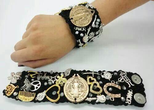 Solo mayoreo, envios a todo el mundo.  Pedidos whatsapp 3331573407 o  www.creacionart.com    #nohayquintomalo #Mexico #futbol #fashion #joyeria #mexico #cute #modamexico #love #hechoamano #glam #accessory #gifts #oro #joyeriamexico l#bracelets #accesorios #follow #joyeriaguadalajara #gold #jewelry #modahombre #style #modaguadalajara #shopping #guadalajara #joyeriaymoda #moda #pulsera #collar #aretes #mayoreo #venta #anumex #gdl