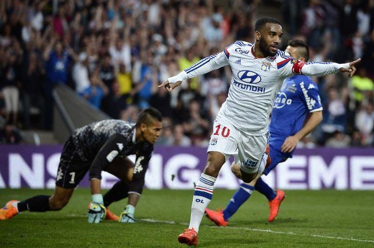 Lyon revine pe primul loc in Ligue 1 dupa victoria cu Bastia.