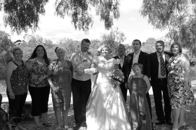 Tash and Alissa, Ellen ( my lovely mother in law), us, my father in law Geoff, Chris, Caitlin, Daniel and Amanda.