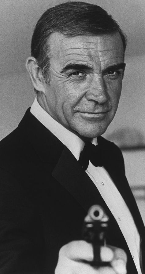 Sean Connery-Who could forget 007 <3