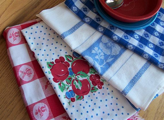 Kitchen Towels Set Of 4 Vintage Linens Red White And Blue